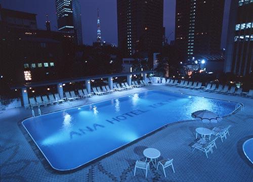 Rooms: ANA Intercontinental Tokyo Pool Night