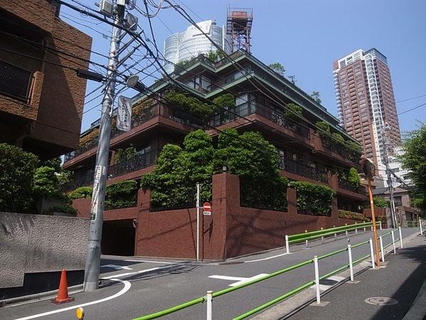Domus Nishiazabu 3F