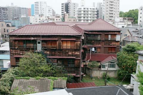 hongokan-exterior-1