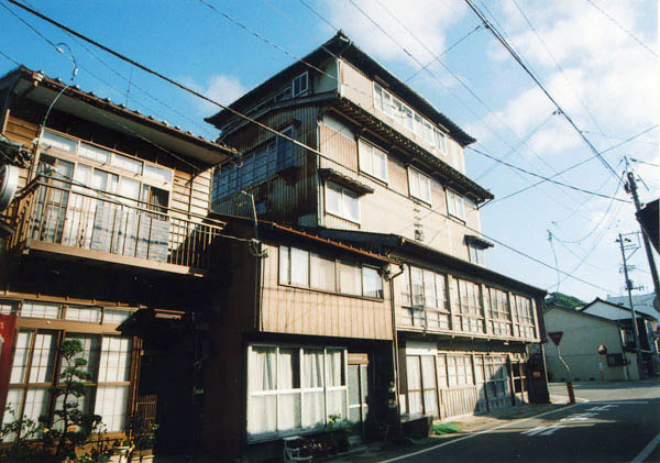 Historic Niigata ryokan declares bankruptcy