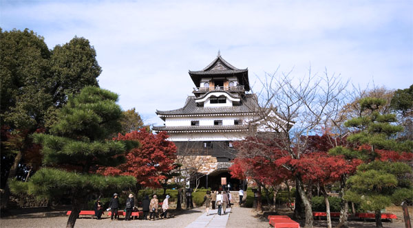Japanese castles for sale japan property central for Japan homes for sale