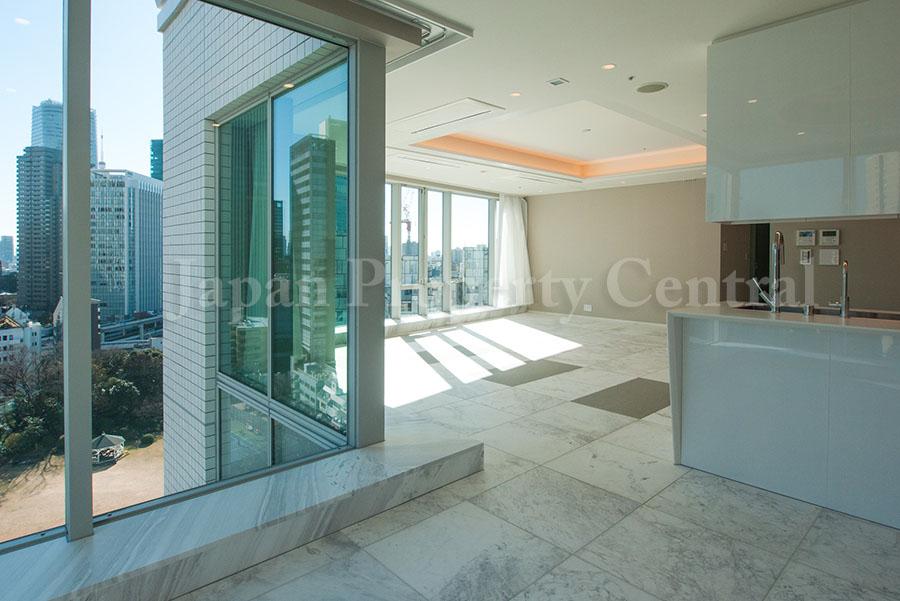 Akasaka's latest luxurious penthouse is for sale