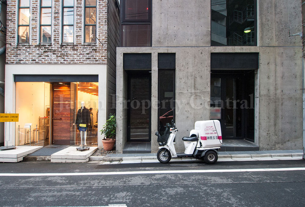 Brand new retail/commercial building for sale in Shibuya