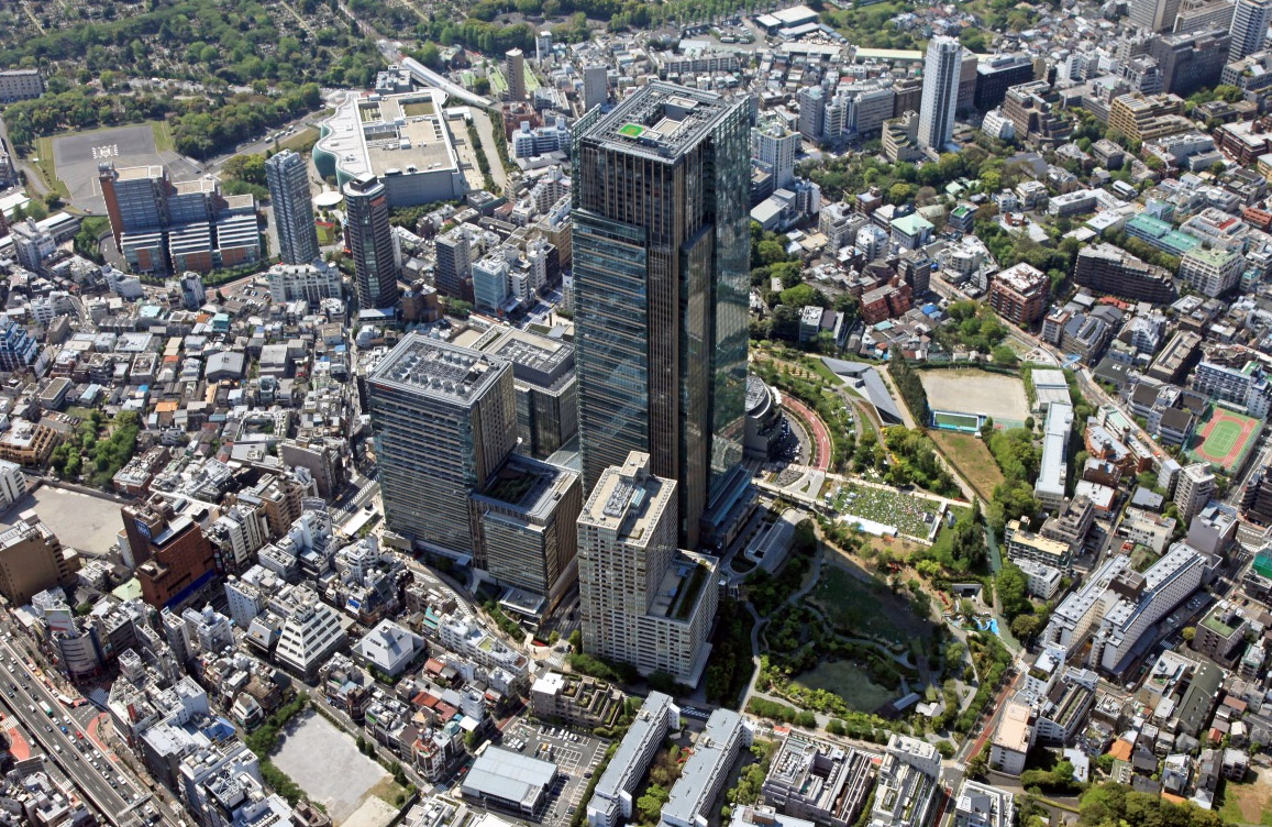 Central Tokyo's luxury apartment market reaches new highs