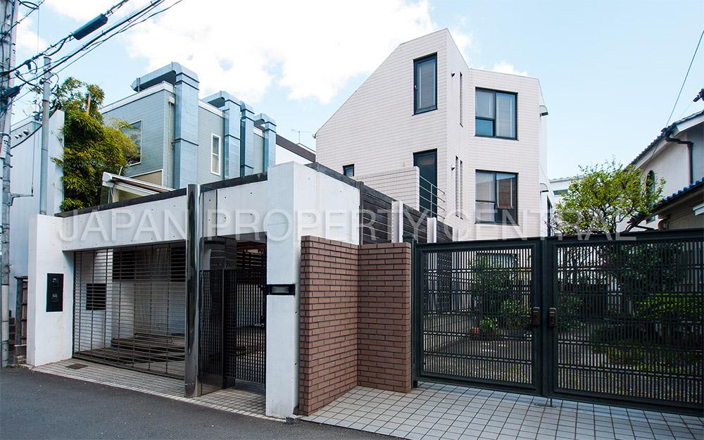 Jingumae House sm1