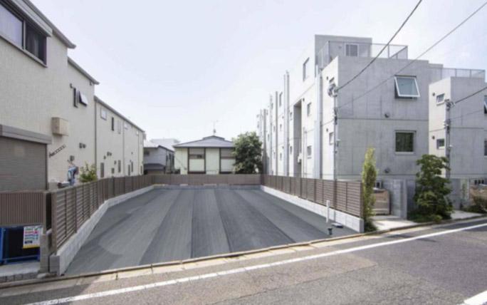 Aoyama Land sm1